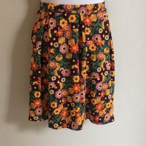 LuLaRoe Madison Skirt with Pockets XL